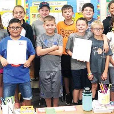 Arapaho-Butler students show their support