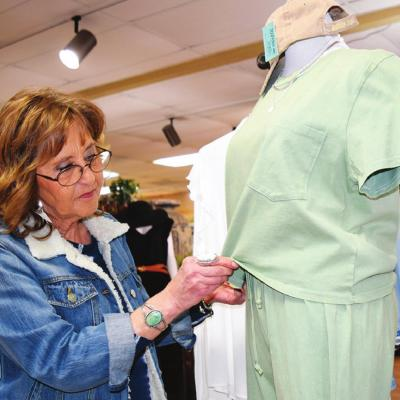 Clinton retailers rolling out spring merchandise
