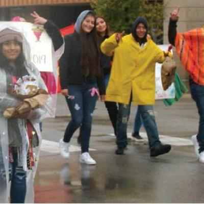 Soggy marchers enjoy Homecoming