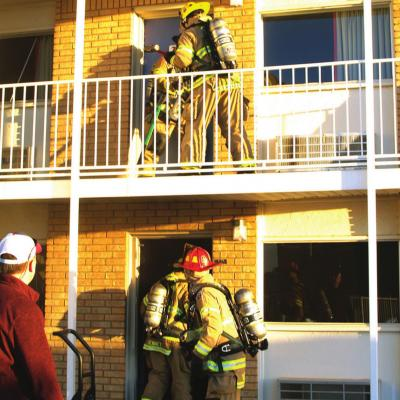Fire, smoke damages motel rooms