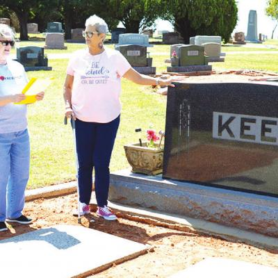 Group to host cemetery walk