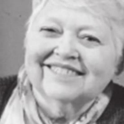 Lois McAmis