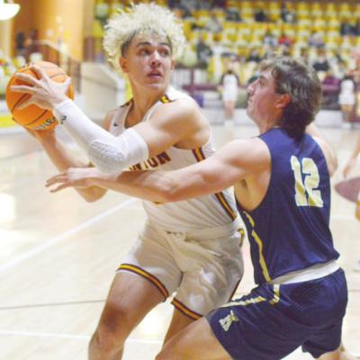 CHS heads to Woodward for districts
