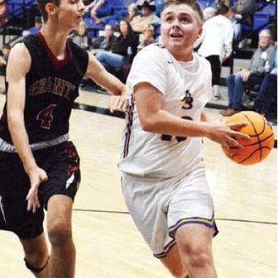 Arapaho-Butler basketball sweeps Sentinel ahead of break