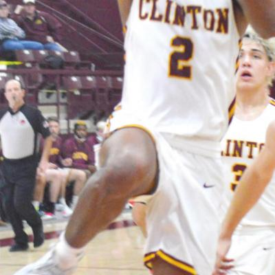 Clinton cruises by Vanoss, into semis
