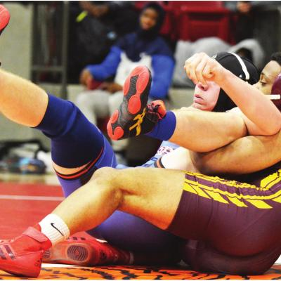 Clinton closes year at state tourney