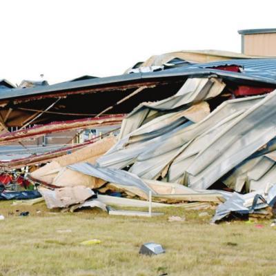 Tornado strikes Clinton