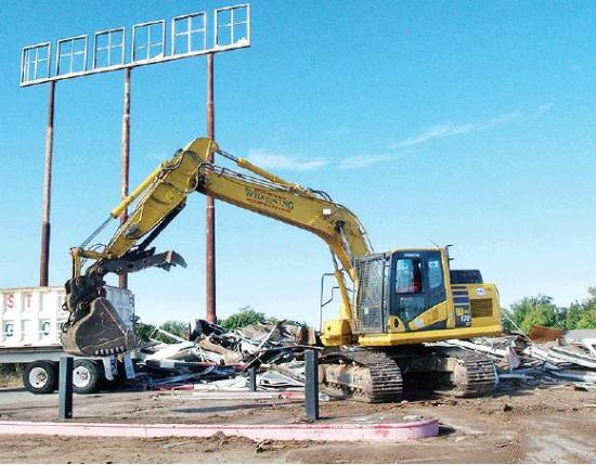 Old service station torn down